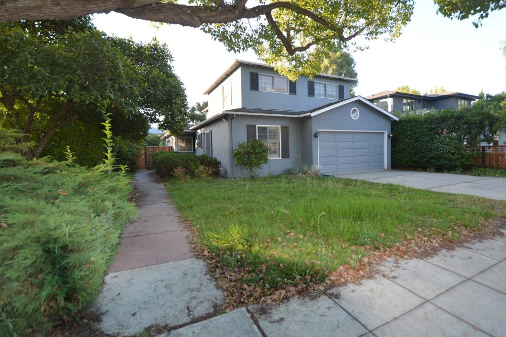 Front yard before remodel: note high water use lawn